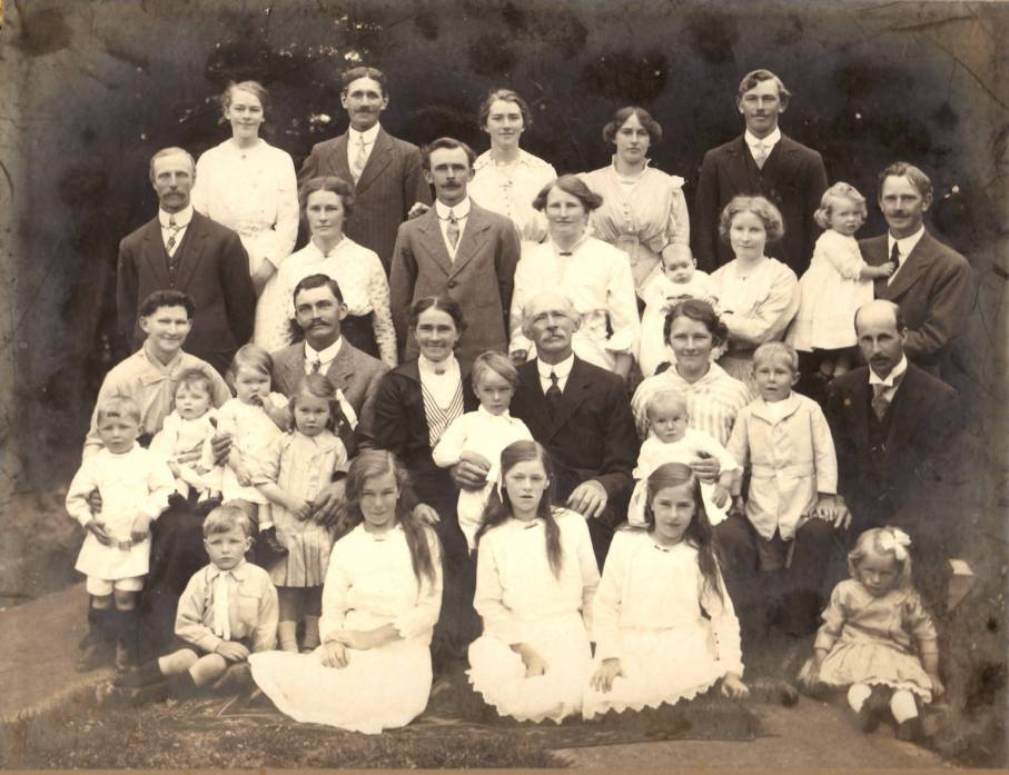 carl-inger-jacobsen family 1915